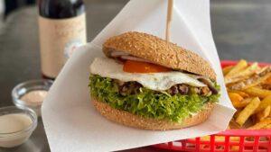 Burger der Burgerbucht in Neusiedl